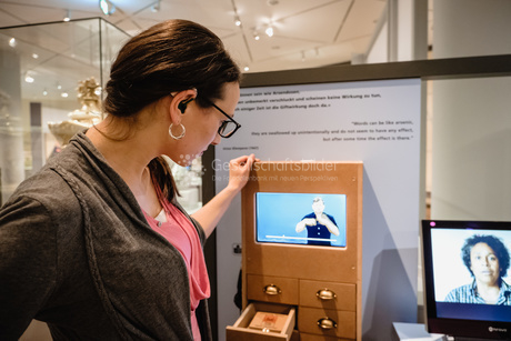 Mit Gebaerdensprache im Deutschen Historischen Museum